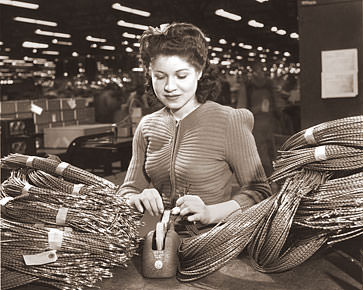 Female Factory Worker Historical Photos Of Old America